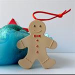 GINGERBREAD LOVE - a super cute resin gingerbread man Christmas decoration