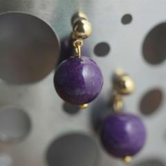 Simple round stud earrings (Gemstone, purple)