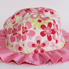 Flowery Sun Hat. Size 0-6 months - 1-3 years