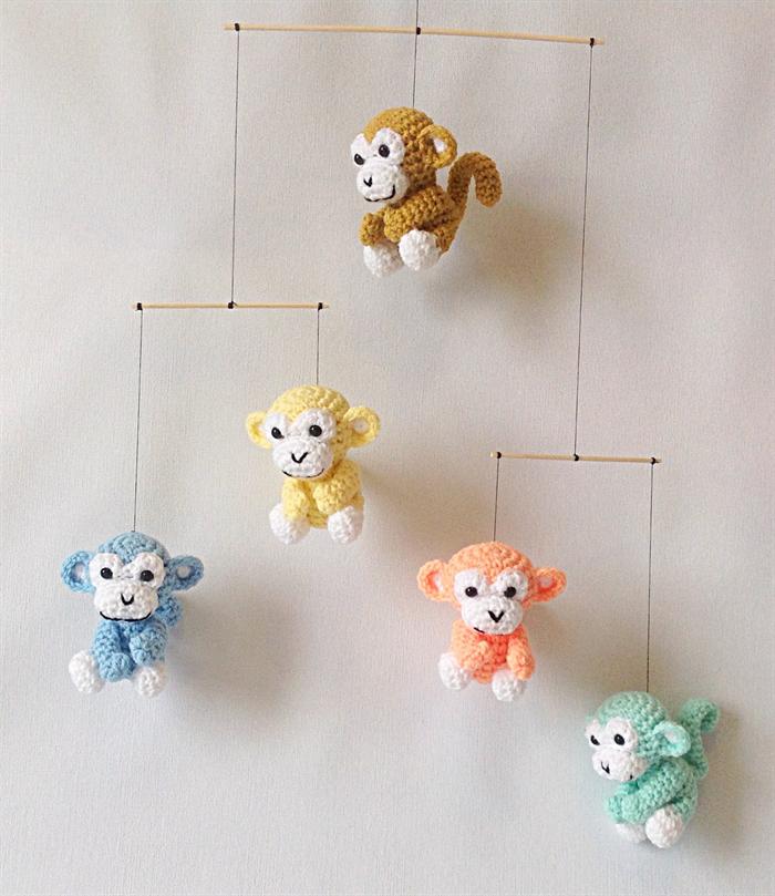 Crochet Baby Mobile Patterns : Crochet baby mobile - pastel monkeys carmens critters ...