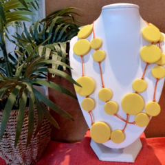 Yellow disc necklace