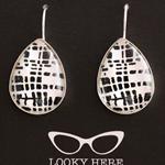 Black & White~ Teardrop Lever Back Earrings