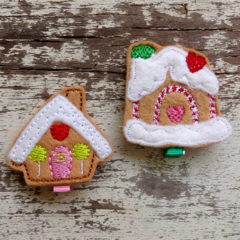 "2"" Felt Christmas Gingerbread House Hair Clip"