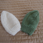 *Special * 2 beanies: Size 6-12mths knitted Beanie; Green, White