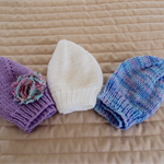 *Special * 3 beanies: Size 0-6 mths in Purple, Multi Colour, White
