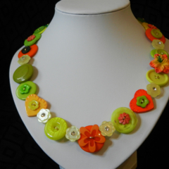Razzle Dazzle button necklace
