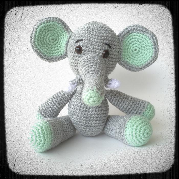Elephant and Piggy Patterns – Work in Progress | 700x700