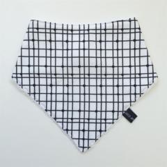 Monochrome bandana bib