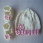 Size 0-3mths, Mary Jane style shoes and Beanie hand knitted