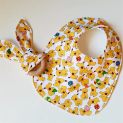 Spot dog yellow neutral baby bib and teether teething ring gift set