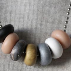 Lucido clay necklace