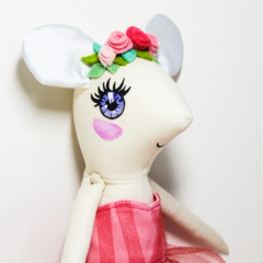 Little mouse soft toy doll