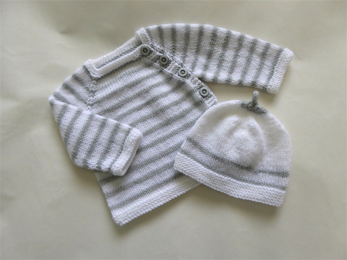 0d9a0686eeca Newborn hand knit baby cardigan and hat set