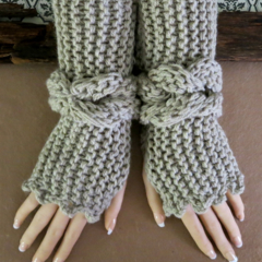 Knitted Fingerless Gloves, Gypsy Bohemian Wool Wrist Warmers, Chunky  Boho