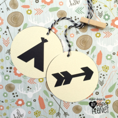 Teepee Arrow Gift Tags Wilderness party. Cream & black. Boho, tribal
