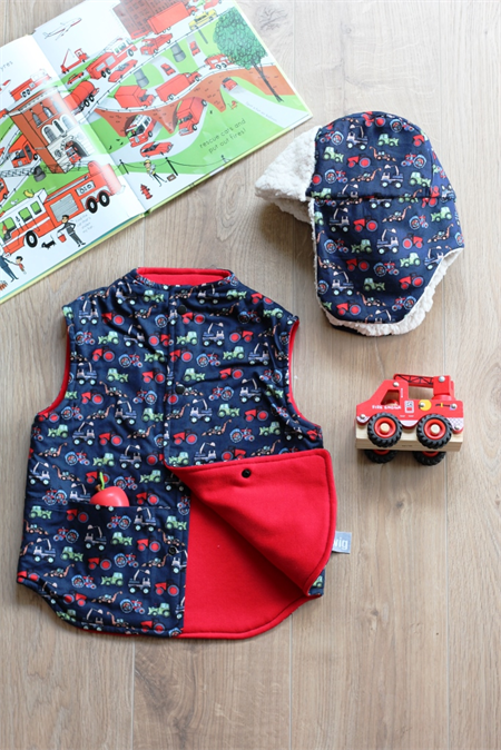 Size 2 Reversible Vest and Woodcutter Hat Set - Navy Tractors & Diggers