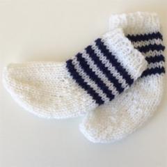 Pair of Baby Socks | Soft Pure Wool | Newborn | White | Navy | Hand Knitted