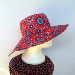 Retro Red & Pink Daisy Reversible Sun Hat - Girls / Ladies size S 53cm, bucket
