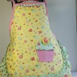 "Girls apron - ""Yellow Garden Cupcake"""