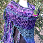 Shawl in peacock colours