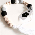 Bead Garland Spotty Black and white