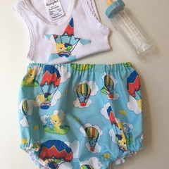 """Size 1-3 months """"Flying Balloons"""" Nappy Pants and Appliqued Singlet"""