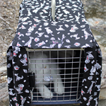 Pet carrier cover case . Fits carrier 34 cm wide x 50 cm depth x 32 cm high .