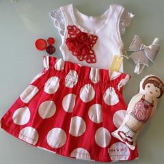 Girls Christmas Red & White Spot Paperbag Skirt Size 3