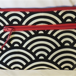 Twin zip purse - black and cream with pink zips (free postage)