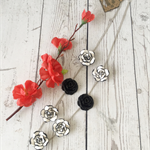 White and black roses statement silver chain necklace.