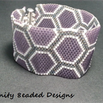 Beehive Beaded Bracelet