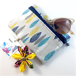 Coin purse / zip pouch with detachable flower brooch - turquoise leaves