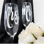 Wedding Glasses For the Bride and Groom Mr and Mrs Rio