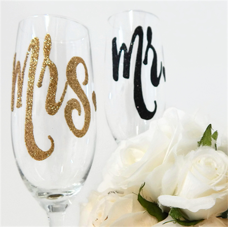 Mr and Mrs Black and Gold Wedding Glasses For Bride and Groom Rio