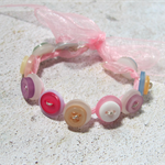 Pretty Button Bracelet in Shades of Pink