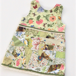 Pinafore girls, vintage green, butterfly fabric, size 2, lace & ribbon trim