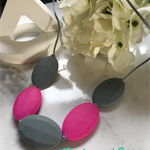 Silicone beaded necklet