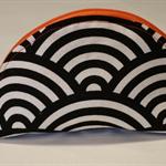 Large dumpling purse - japanese waves black / cream