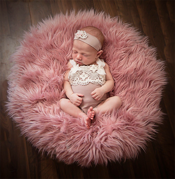 5822608c5ab ... Newborn Romper Set   Baby Girl Newborn Photography Prop   Dusky Pink  and Cream ...