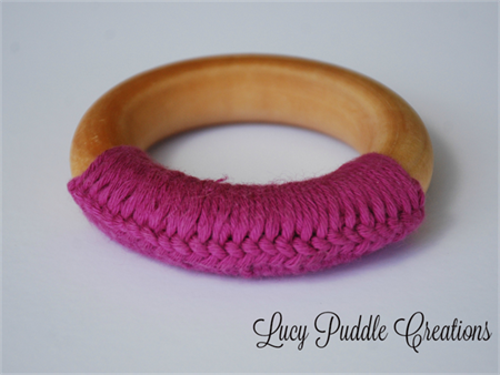 Organic wooden teething ring