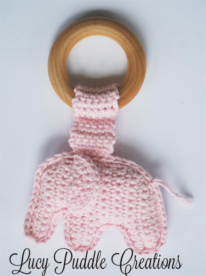 Elephant Baby Bib – Amani ya Juu | 940x700