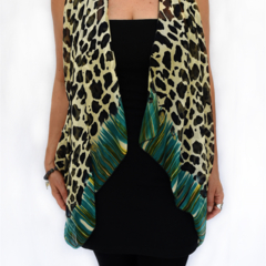 Silk scarf, sarong, bandana, shawl, vest. 10 ways to wear it.