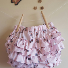 Fancy Pants, pale pink retro style holly hobbie print with ruffles. Size 18 mths