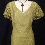 LADIES GORGEOUS GREEN TOP   size 18