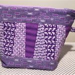 cosmetic/ Accessories bag ( washable and fully lined )