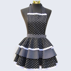 Nuit d'Amour ladies 3 tier apron