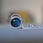 Labradorite & Sterling Silver Pendant.
