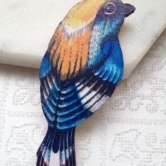 Blue Breasted Bird Wooden Brooch