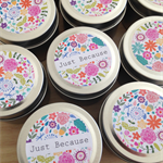 30 x Personalised Favours -  Petite Soy Candle Tins - Gold or Silver