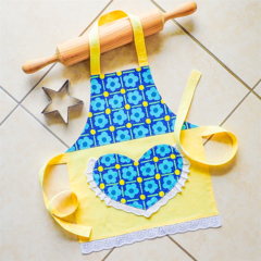 Kids/Toddlers Apron - lined kitchen/play apron with pocket